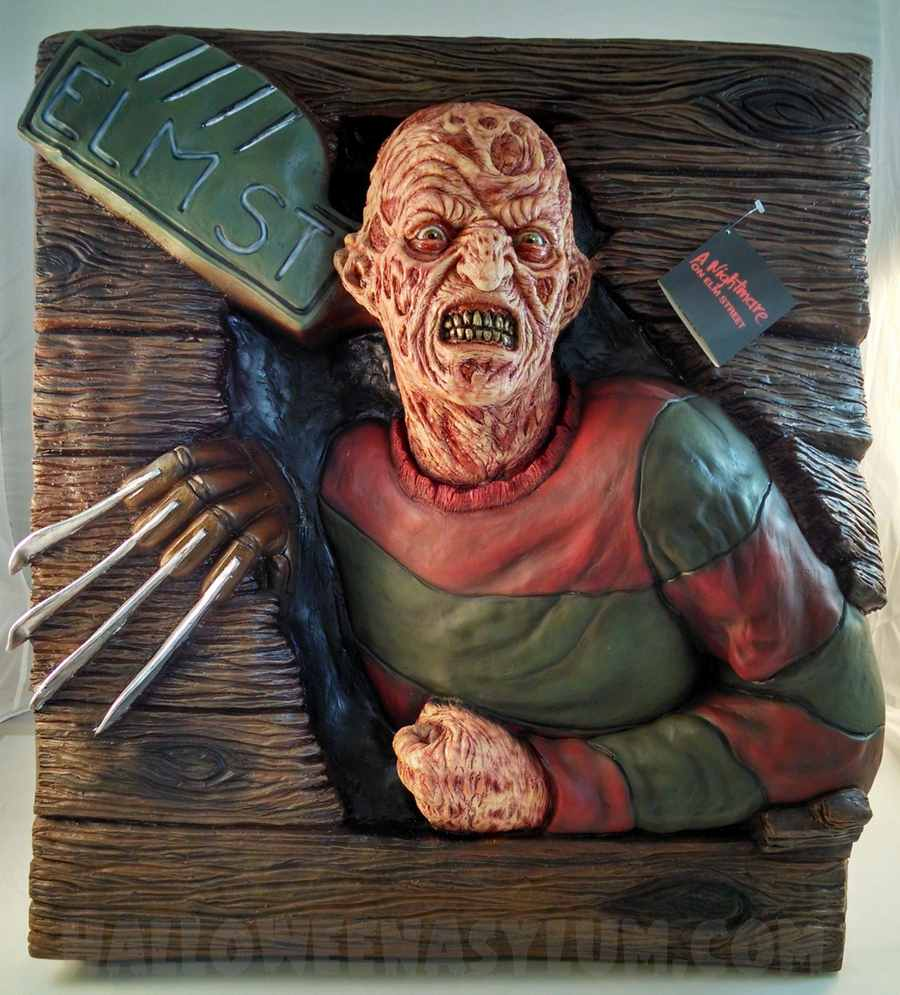freddy krueger wall breaker 3d prop - Freddy Krueger Halloween Decorations