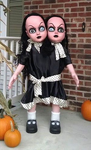 4 FT Gothic Siamese Twins