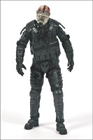 The Walking Dead Gas Mask Riot Gear Zombie Series 4